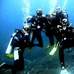 潜水 | 荡桨