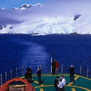 南极 | 北极